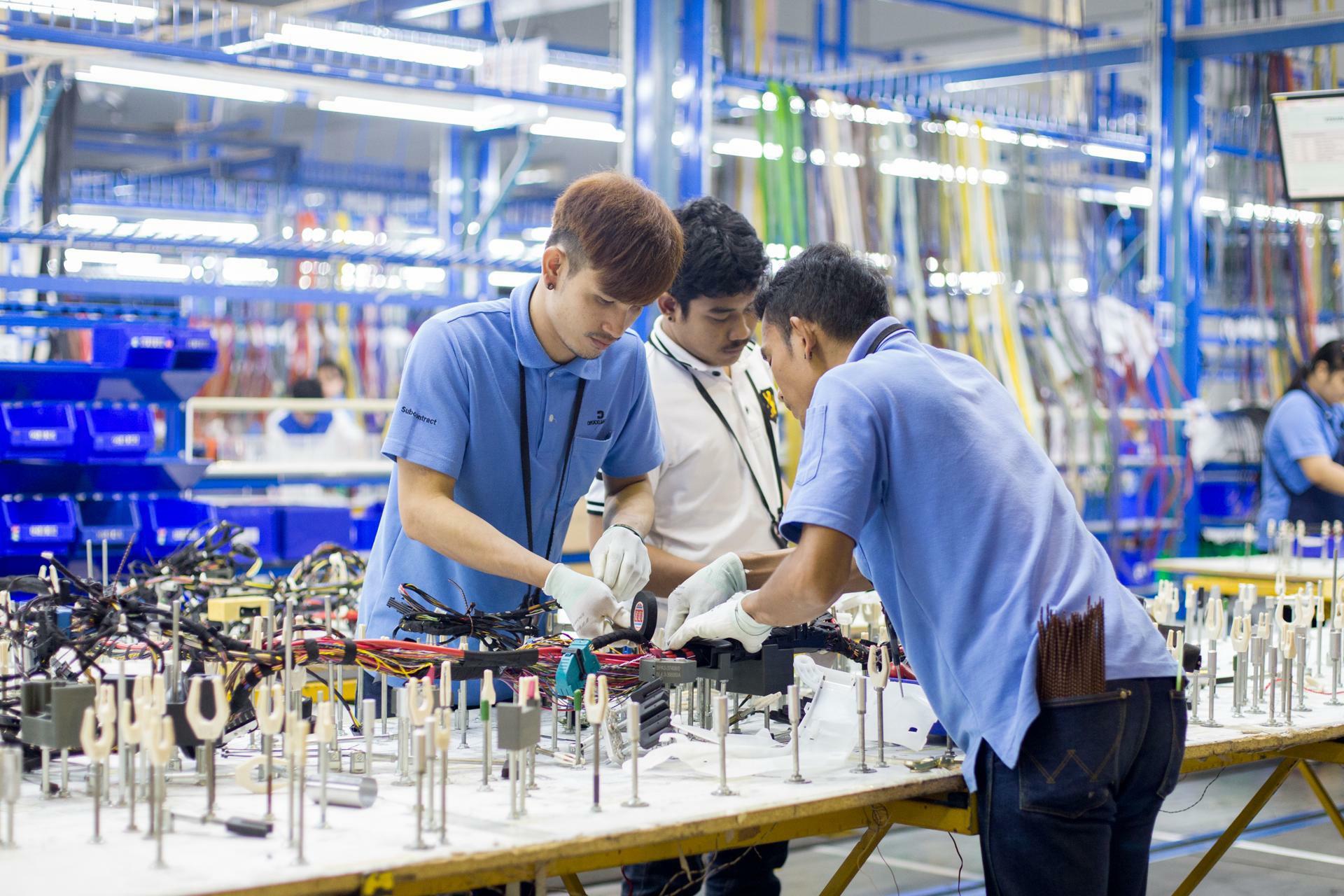 BMW Group relies on DRÄXLMAIER in Thailand - PR - DRÄXLMAIER